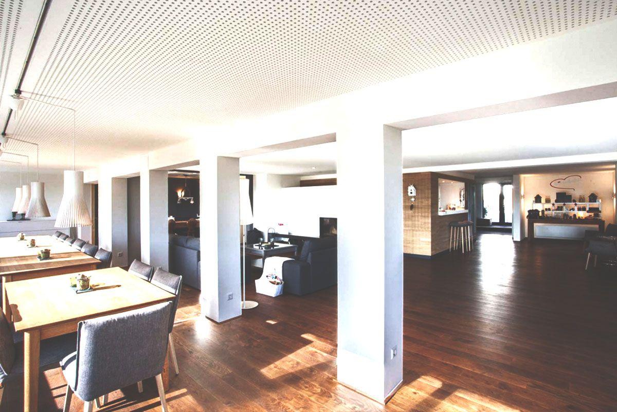 Saiger Lounge, Kamin, Retreat mit Simone